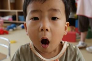 お口の中には…すっぱーい梅が♪(^o^)