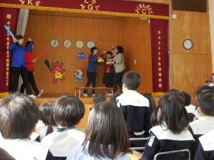 先生達の節分の劇も見て楽しみました(^^)