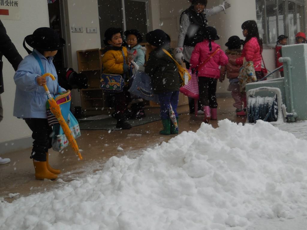 2期の最期の辺りにはこんなに雪が!