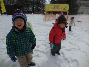 白銀の世界、雪の感触に笑顔がいっぱいでした(^o^)
