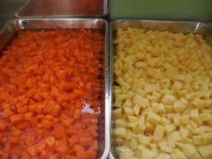 細かく、思いを込めて切った野菜の完成!