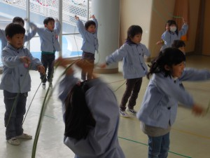 """3期のたいそう教室は""""縄跳び""""を頑張ったね♪"""