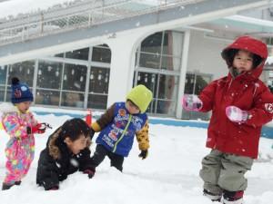 雪の楽しさに寒さもへっちゃら…かな?(^^;)
