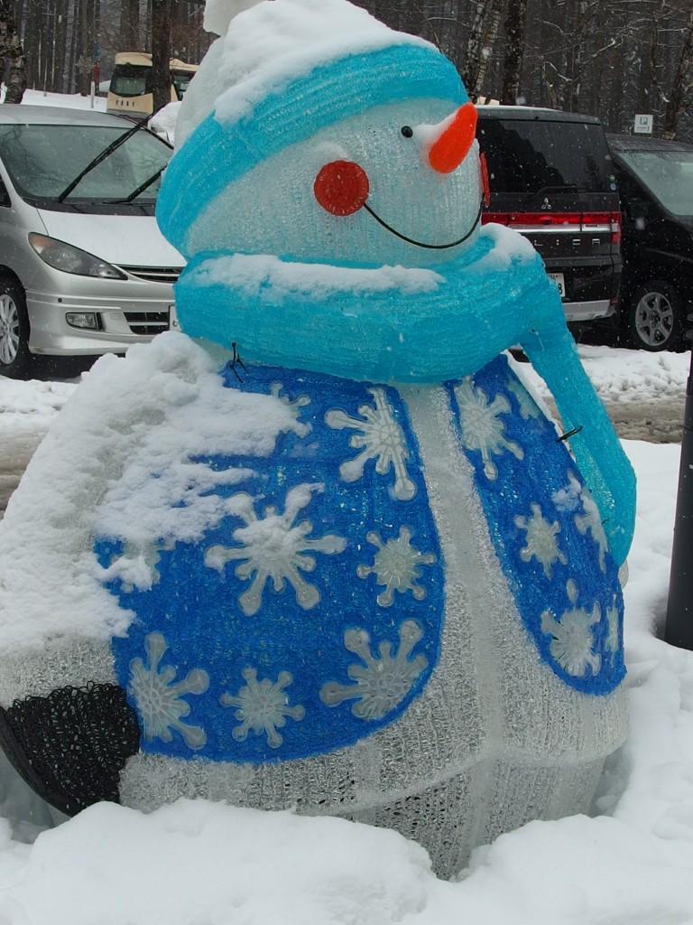 可愛い雪だるまがお出迎え(*^^^*)