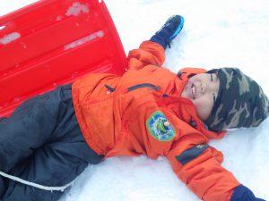 雪の上…体全体で雪を感じて「気持ち良い!」