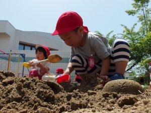 土と戯れ、土と語る…そんな雰囲気です